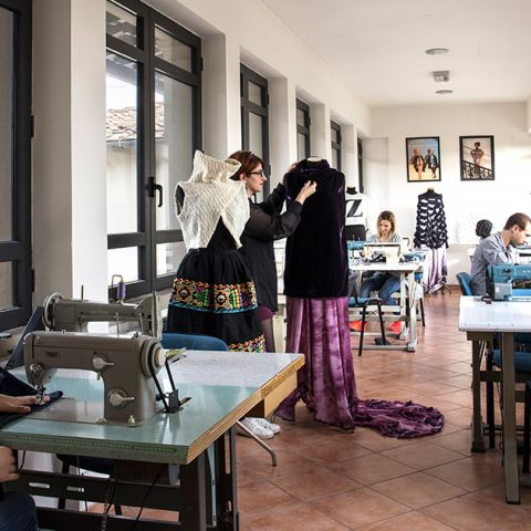 Summer course in fashion illustration accademia italiana for Scuola di moda milano costi