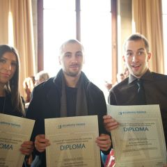 Diplomas awarded for the courses of fashion and design